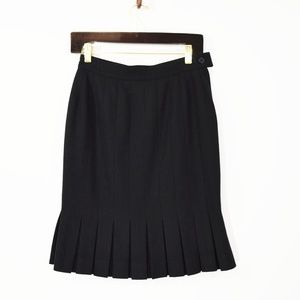 SALVATORE FERRAGAMO Black Pleated Pencil Skirt 6